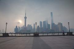 Pudong from the Bund (Stephan Alberola) Tags: china shanghai worldfinancialcenter orientalpearltower 东方明珠塔 swfc 上海市 上海环球金融中心