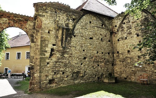 Panenský Týnec (LN), kostel