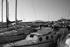 BBB boat (Jethro_aqualung) Tags: monocrome bw bn lago trasimeno lake barca boat umbra italia italy sailboat