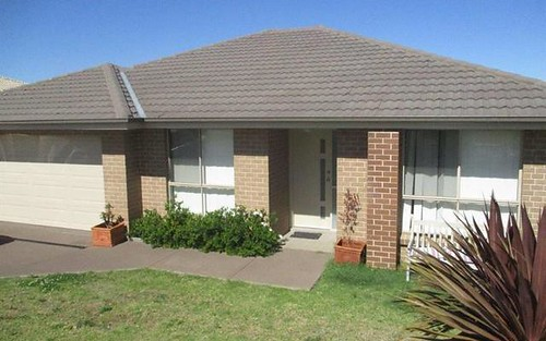 4 Koppie Cl, Raworth NSW 2321