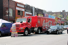 The Scare of My New York Journey (Canadian Pacific) Tags: usa us unitedstates america american ofamerica newyork city manhattan cocacola truck lorry semi semitrailer delivery aimg7060 t509991c licence plate dyckmanstreet