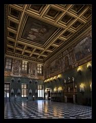Palazzo Reale II (Emilio Casini) Tags: palazzorealetorino palazzoreale torino turin italy italia architettura architecture royalpalace savoia dipinti candelabri soffitto cassettoni ngc