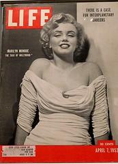 Su primera portada - The first cover (rosaura.cristina) Tags: ¡sorpréndememadridespañaspainphilippe halsman life cover portada revista magazine