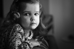 Luces y sombras (noldor12) Tags: portrait retrato bn carlzeiss aroa carlzeissplanart1750mm canoneos600d planart1750