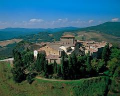 Murlo, Siena (intoscana.it) Tags: italia siena toscana eventi murlo archeologia etruschi
