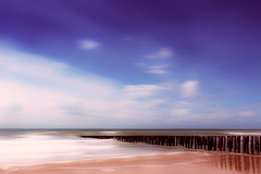 Minimal seascape (RobMenting) Tags: travel sea beach netherlands europe zeeland zee westkapelle