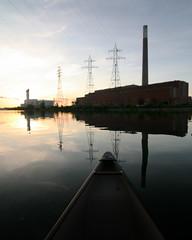 Power Trip (Michael Mitchener) Tags: toronto sunrise paddle canoe nessie shipchannel portlands michaelmitchenercom urbanvoyageur