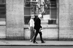 walking... (Peppis) Tags: people blackandwhite salzburg austria österreich nikon biancoenero nationalgeographic salisburgo peppis nikond7000 nikonclubit