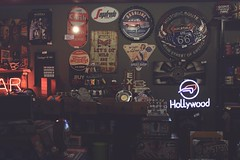 STORE (jorgecarvalhoo1) Tags: store loja quadros vintage harleydavidson hollywood pepsi cocacola american shoop gasmonkey