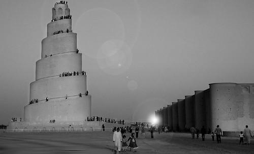"Torres legendarias / Faros, minaretes, campanarios, rascacielos • <a style=""font-size:0.8em;"" href=""http://www.flickr.com/photos/30735181@N00/31722253823/"" target=""_blank"">View on Flickr</a>"