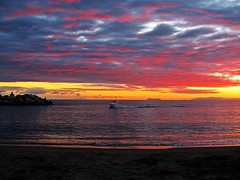Atardecer en la costa (Antonio Chacon) Tags: andalucia atardecer marbella málaga mar mediterráneo costadelsol españa spain sunset