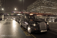Taxis and the DLR - Canary Wharf (Luke Agbaimoni (last rounds)) Tags: taxi taxis cab cabbie docklands dlr docklandslightrailway train night transport