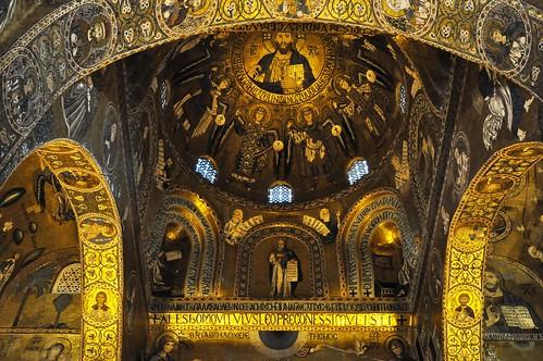 Palermo (Sicilia-Italia). Palacio de los Normandos. Capilla palatina. Cúpula