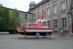 """Asmus Bremer"" rescue boat (Péter_kekora.blogspot.com) Tags: museum germany munich münchen bayern deutschland bavaria model nikon ship may 1855mm deutschesmuseum d60 2015"