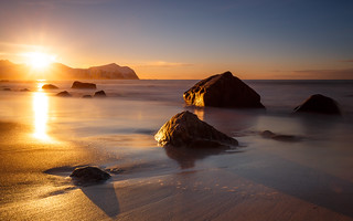 sunset Vikten beach - norway