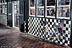 Menorquinades (19) (Perikolo) Tags: bicicleta menorca ciutadella plazadelalibertad mercatdelpeix plaçadelallibertat