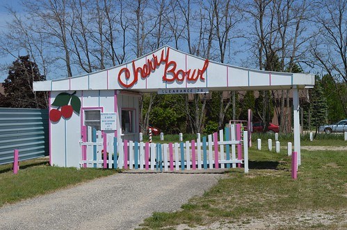 Drive In Bowl Mi Cherry Honor much known