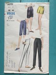 Vogue 6090 (kittee) Tags: kittee vintagesewing sewing vintagepatterns vogue vogue6090 6090 waist32 hip42 pants flyfront sideseampockets shorts capris cuffed 1963 1960s kitteemustmake sewingpattern vintage pattern