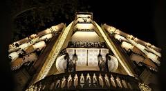La noche de los reyes magos en Barcelona (chriskatsie) Tags: balcon balcony building light lumiere navidad roi mage wise men immeuble gracia barcelone nuit night noche luz