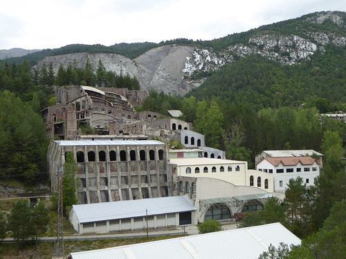 Цементный завод графа Гюэля.
