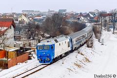 GM 925 - Sibiu hc (Desiro256) Tags: cfr trenuri trains gm emd egm electro motive diesel general motors usa la grange illinois motor 8710g3 lde2100 locomotiva electrica electroputere craiova romania modernizare 92 53 6409259 rosntfc uic 6509251 led rr reloc grampet depou sibiu hc calatori ir347 ruta tren international dacia viena nord bucuresti judet vagon oras casa curba iarna zapada viteza statie gara triaj halta miscare linia transilvania magistrala 200