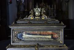 Hl. Valentin, Reliquienschrein-2 (bernhardwagner76) Tags: building church saint austria shrine mark interior sony valentine bone bishop relics nex wolfsberg nex5n
