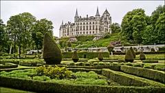 Dunrobin Castle (tor-falke) Tags: castle scotland europa europe flickr outdoor sony dslr schloss garten hdr schottland schlösser dunrobin écosse schön schottisch schöneaussicht scotlandtour schottlandtour sonyalpha ziergarten scotlandtours alpha58 torfalke flickrtorfalke schottlandreise2015