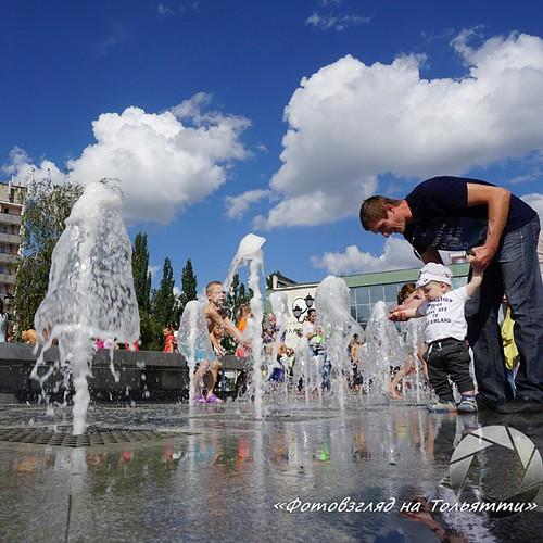Фонтан Звезда на площади у Филармонии Тольятти. #Тольятти #фонтан #Филармония