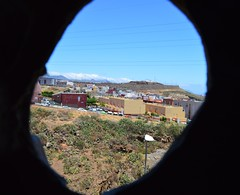 Hole - 5/365 (elenamontesino) Tags: hole outdoor hueco proyect365 elenamontesino
