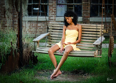 Brittany (ronnie.savoie) Tags: portrait woman black girl smile mujer model louisiana pretty noir chica retrato modelo lsu batonrouge africanamerican sonrisa lovely browneyes guapa hermosa negra diaspora muchacha africandiaspora modèle brownskin louisianastateuniversity ojosnegros pielcanela infinitexposure