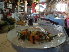 Gemüseteller mit Spiegelei @Zum Franzl Ulm (conticium) Tags: zumfranzlulm zumfranzl zum franzl ulm österreicher restaurant lunch mittag mittagstisch söflingen