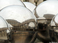 Reflections (Shahrazad26) Tags: palaisroyal paris parijs reflectie reflection weerspiegeling france frankrijk frankreich