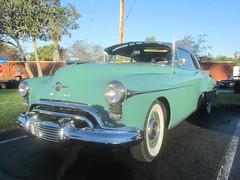 Oldsmobile - 1950 (MR38.) Tags: oldsmobile old car orphan visor 1950 worldcars