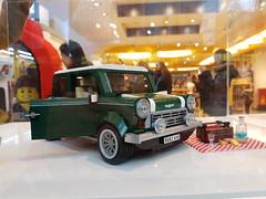 20170119_143246 (COUNTZERO1971) Tags: lego london legostore leicestersquare toys buildingblocks brickculture