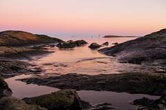 IMG_5442_1080h (cls-70) Tags: oskarshamn östersjön balticsea klippor rocks hav sea rosa pink blåjungfrun