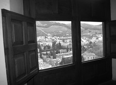 Alhambra (Not forgotten) Tags: españa tourism architecture spain islam alhambra moorish granada spania maurisk