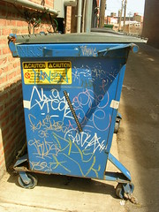 Chicago Handstyles on a Blue Dumpster (SKIRT CHASER ONER) Tags: