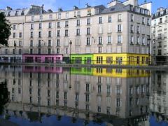 Canal Saint-Martin - Paris (France) (Meteorry) Tags: paris france colors saint reflections canal europe martin valmy quaidevalmy couleur canalstmartin canalsaintmartin meteorry quaidejemmapes jemmapes