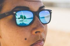 Reflection (eLuVeFlickr) Tags: relfection reflejo gafas glasses sunglasses sol gafasdesol cara retrato face portrait luz light sun eluve d7000 nikon 35mm eluveflickr cadiz andalusia andalucia españa spain urban calle urbano