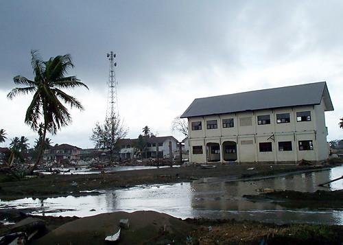 Tsunami Photos 050110-N-6581H-004