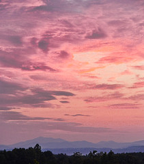 monday sunset (angel of the odd) Tags: skyplay blue ridge nelson county