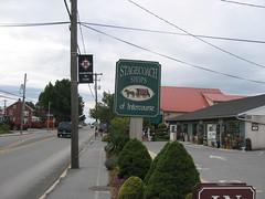 Intercourse Stagecoaches (jessicanbm) Tags: intercourse 2005 dan jessica pennsylvania