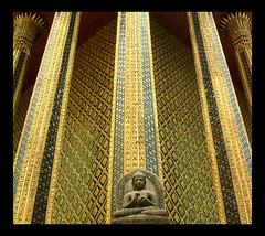 Little Buddha (elbisreverri) Tags: travel sculpture 2004 topv111 statue architecture 510fav geotagged thailand temple gold asia southeastasia bangkok buddha topv999 buddhism coolpix wat buddhisttemple watphrakaew geo:lat=13751584 geo:lon=100492635