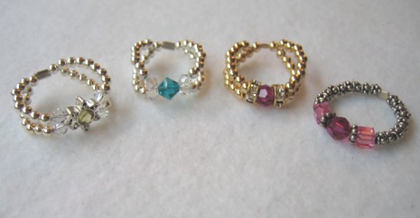 4 rings with Swarovski crystal beads/components