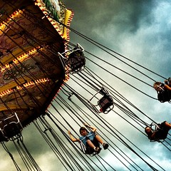 Flying Kids at the Ex (Mute*) Tags: cne swing theex toronto
