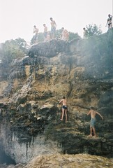 kyle coco andrew getting ready (elissaR (knobbyknees)) Tags: cliffjumping pacebend cliffdiving ut takenbyfritz