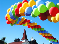 Balloons at the Fair (Ishrona) Tags: usa colors 1025fav wow balloons fun happy colorado colorful been1of100 fair denver lowry ishrona colorphotoaward lowryeisenhower lowryeisenhowermemorial chapelno1 lowrychapel