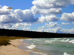 Clouds Over Cathead Bay (joeldinda) Tags: blue white lake green beach forest wow catchycolors aqua michigan gull 100v10f f10 lakemichigan greatlakes michiganfavorites michiganparks breakers northport joeldinda 525favs catheadbay