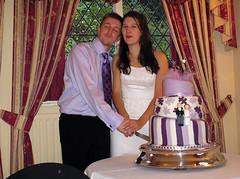 Cutting the cake (BennBeck) Tags: wedding family genna matt