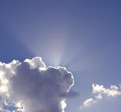 Sunbeams (hkkbs) Tags: nikond70 nikkor 1870mmf3545g sol solen sun sunbeam solstrålar sunbeams himmel sky strålar rays moln cloud topv111 topvaa botopv0107 cloudscape göteborg gothenburg västkusten westcoast sverige sweden 100views 200views 300views 400views 500views 600views 700views
